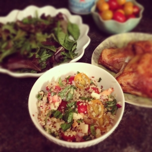 Bulgur salad with cherry tomatoes and apple