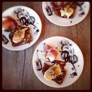 Figs with chèvre and prosciutto, and brie with walnut and honey