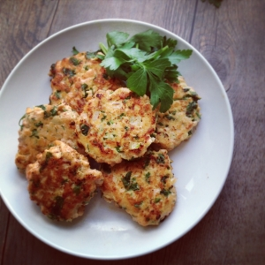 Salmon cakes with Parmesan