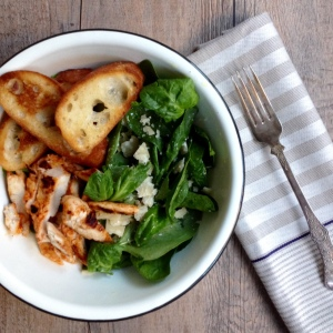 Sriracha Chicken Spinach Salad